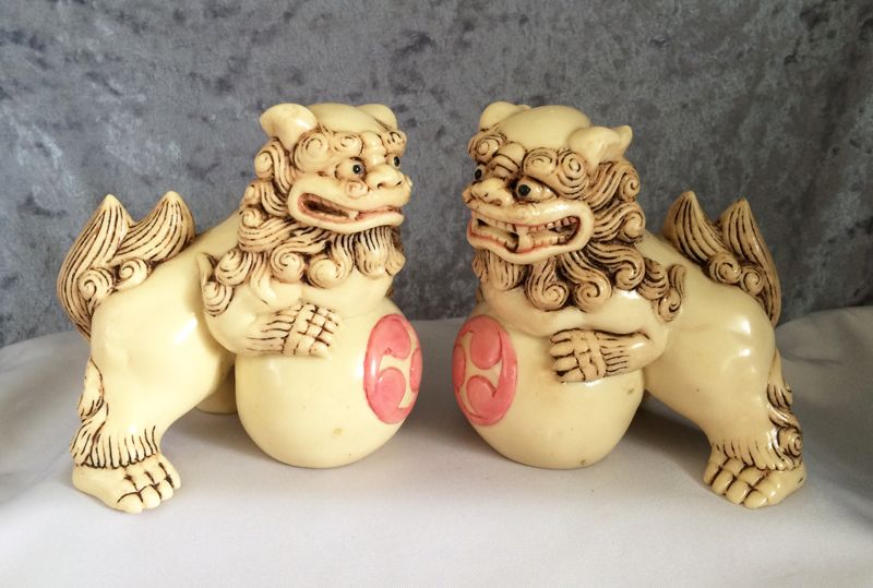 Vintage Japanese Hand Carved Bakelite Foo Dog Shi Shi