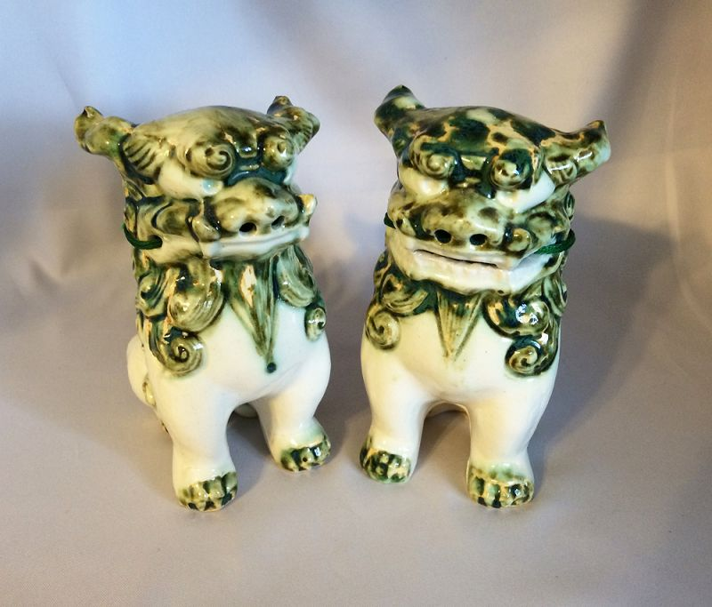 Vintage Foo Dog Statues Chinese Guardian Lions Green And White Speckled Ceramic Feng Shui Dogs