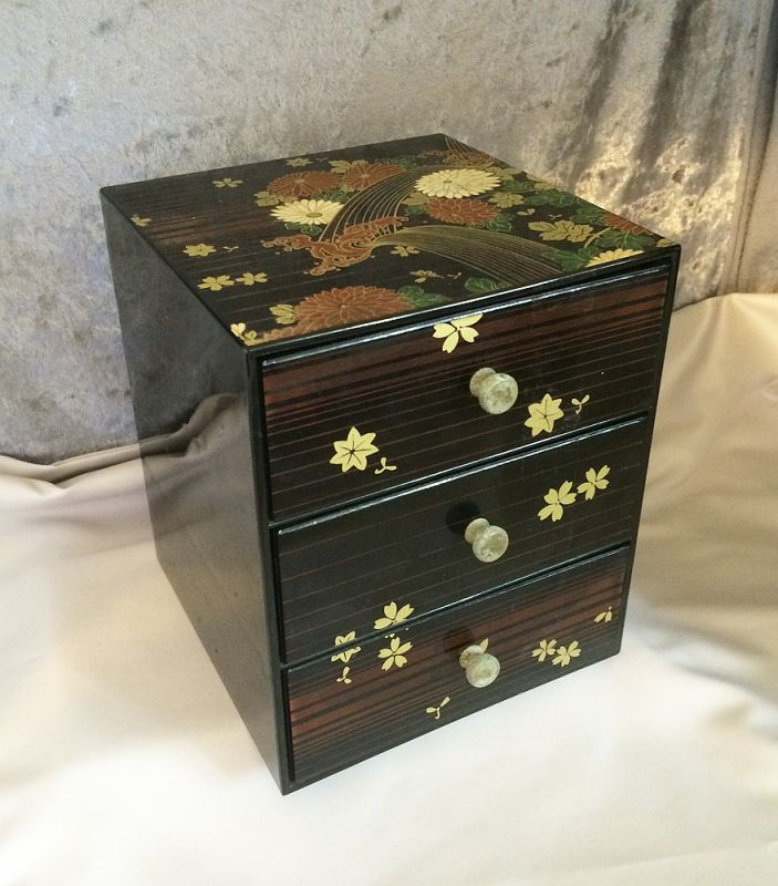 Vintage Japanese Three Tier Black Lacquer Ware Floral Jewelry Box in