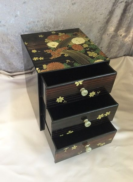 vintage japanese three tier black lacquer ware floral