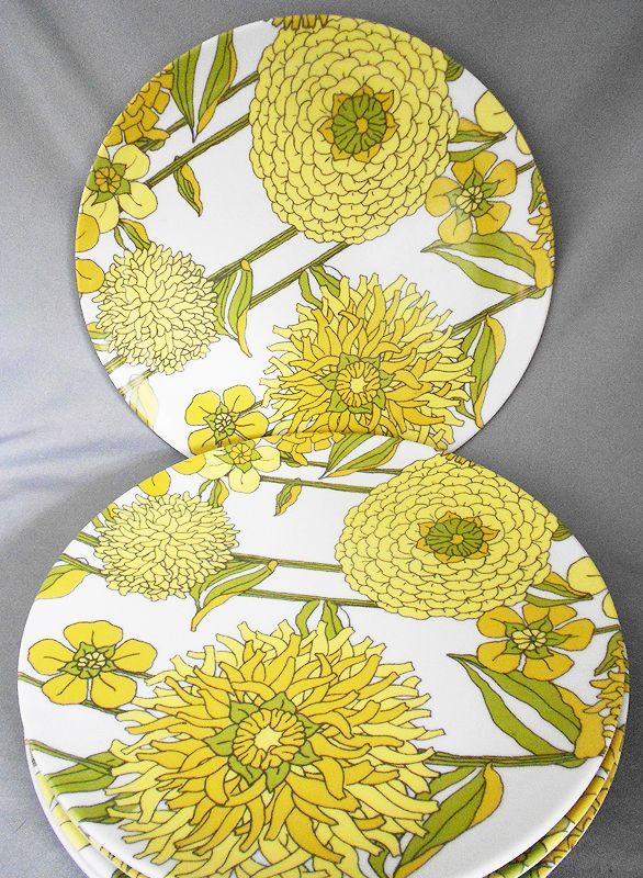 1960s Vintage Texas Ware Melamine Plates Yellow And Green Floral  sc 1 st  tagranks.com & Captivating Vintage Floral Plastic Plates Ideas - Best Image Engine ...