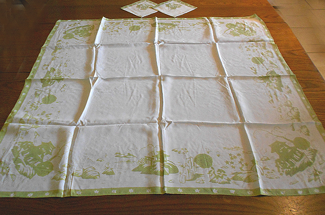 Vintage Silk Tablecloth And Napkins Japanese Garden Print