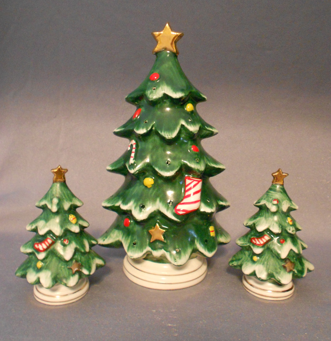 1950s vintage lefton salt pepper and hors doeuvres christmas trees in x sold gallery