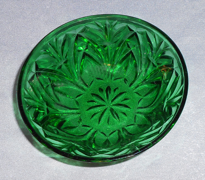 1940s Vintage Green Pressed Glass Dish In X Sold Gallery