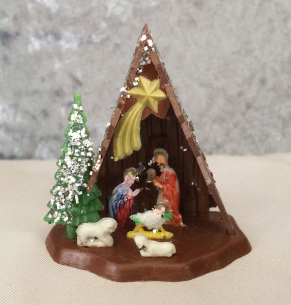 1960s Vintage Plastic Dollhouse Miniature Manger Nativity
