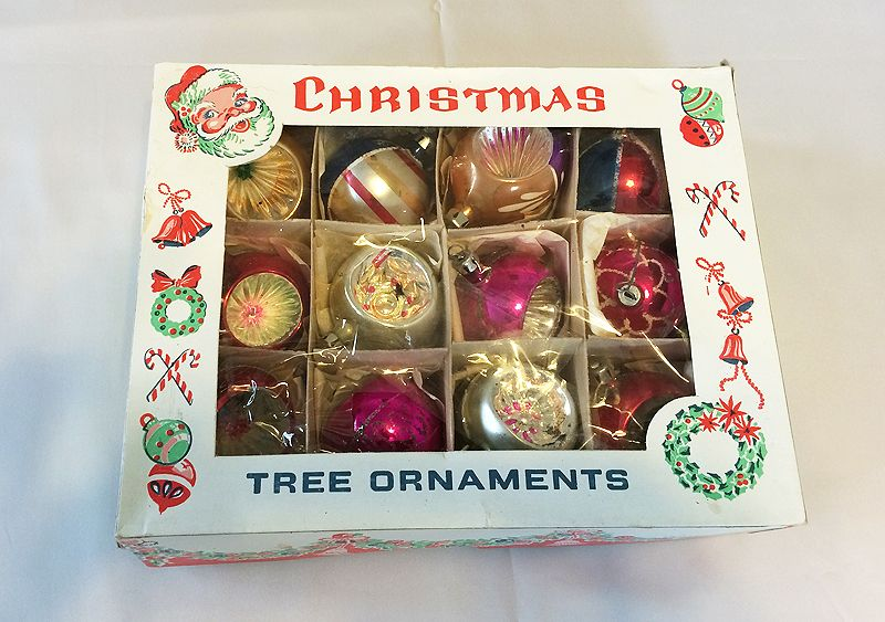 vintage poland dozen blown glass indent christmas ornaments in original box 1930s 1940s in