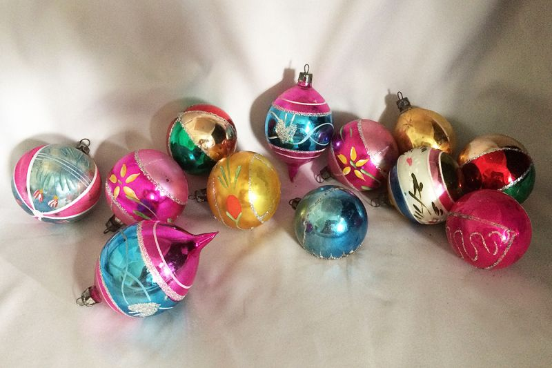 Vintage Mercury Glass Christmas Ornaments Poland Hand Painted Hand Blown Round Mica Glitter Christmas Holiday Tree Home Decor Assortment #1