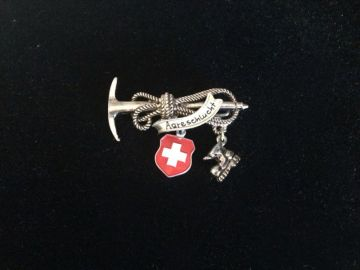 Vintage Oktoberfest Alpine Hiking Hat Pin with Axe and Charms Aareschlucht Switzerland, Vintage Swiss Souvenir Pin Brooch Red Cross and Boot in Oktoberfest hiking pins