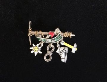 1970s Vintage Bavarian Oktoberfest Hat Pin with Four Charms, St Johann Tirol Austria, Vintage Alpine Trachten Pin with Axe Boot Rope Flower Charms in Oktoberfest hiking pins