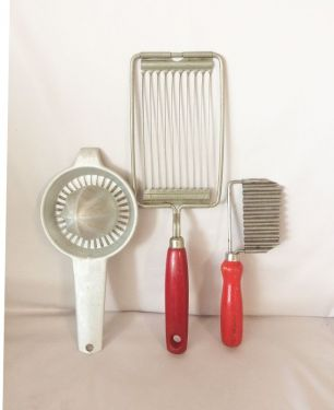 1940s Vintage Kitchen Tools Gadgets, Lot of 3 Red Handle Aluminum Kitchen Utensils, Antique Kitchenalia in tools & gadgets