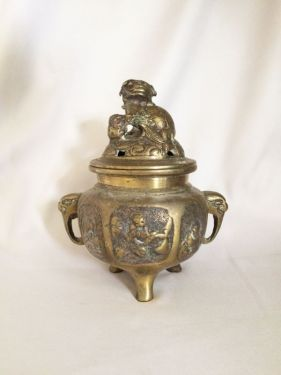 Vintage Antique Brass Foo Dog Incense Burner, Chinoiserie Sculpted Brass with Foo Dog Finial and Handles in X-SOLD GALLERY