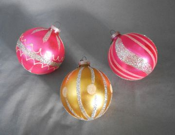 1960s Vintage Germany Trio of Glass Christmas Ornaments, Pink and Gold in ornaments - European glass