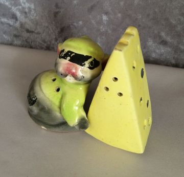 1940s Vintage Mouse Bandit with Cheese Salt and Pepper Shakers in animals