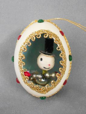 1940s-1950s Vintage Genuine Goose Egg Diorama Christmas Ornament,  Spun Cotton and Beaded Mercury Glass Snowman in ornaments - dioramas