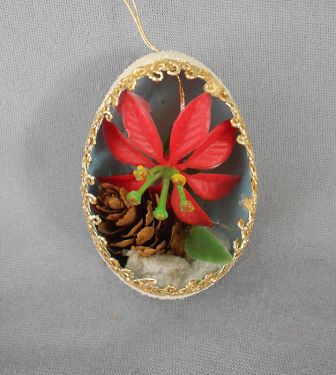 1940s-1950s Vintage Genuine Goose Egg Diorama Christmas Ornament, Red Poinsettia Flower and Real Pine Cone in ornaments - dioramas