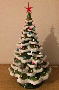 1970s Vintage Ceramic Snow Flocked Light Up Christmas Tree